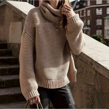 ELEGANT HIGH-NECKED KNIT SWEATER